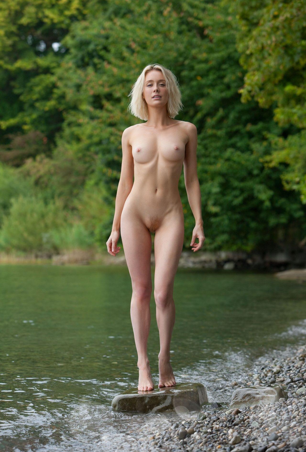 三次元 3次元 エロ画像 大自然 ヌード 裸 べっぴん娘通信 019