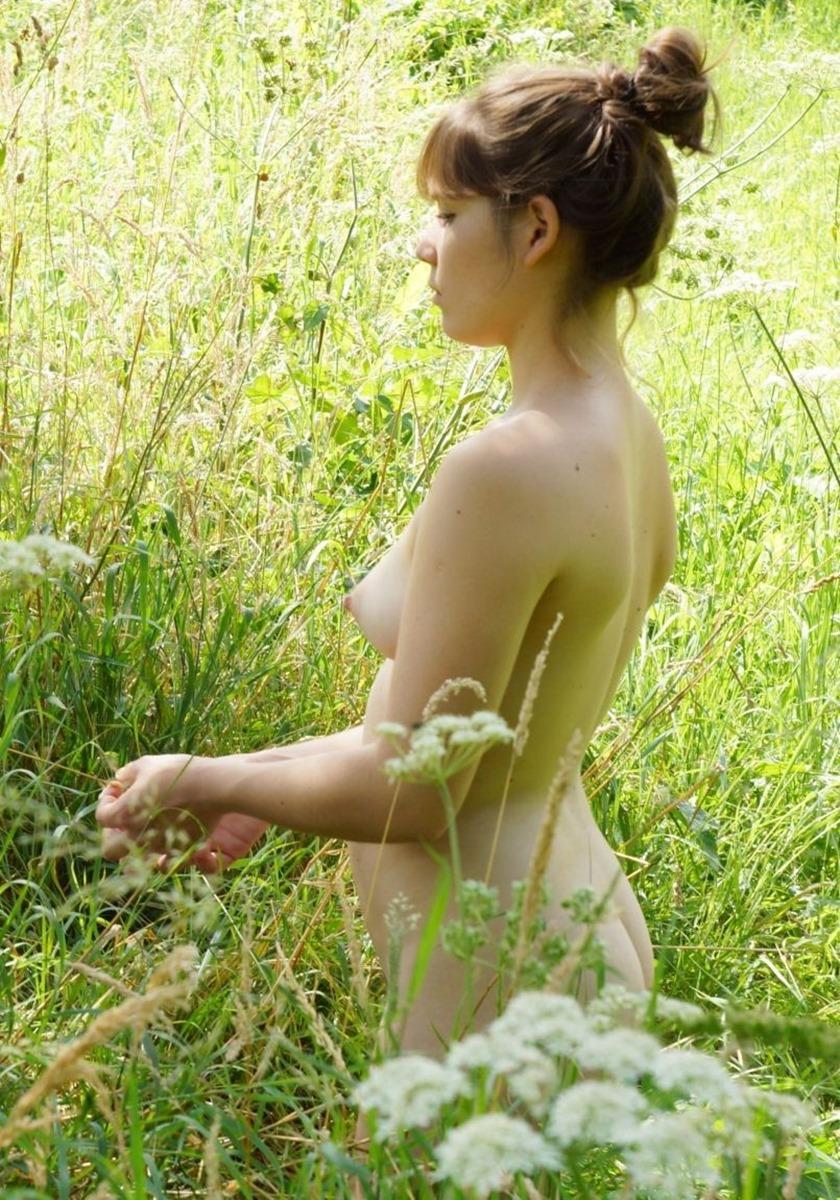 三次元 3次元 エロ画像 大自然 ヌード 裸 べっぴん娘通信 027